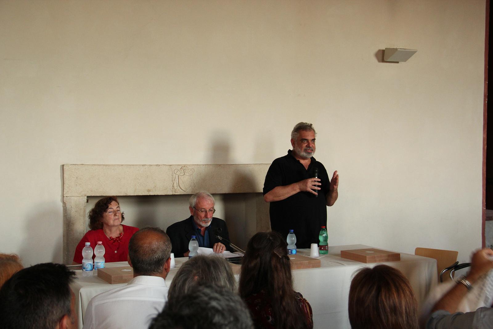 Il Prof. Pier Federico Caliari